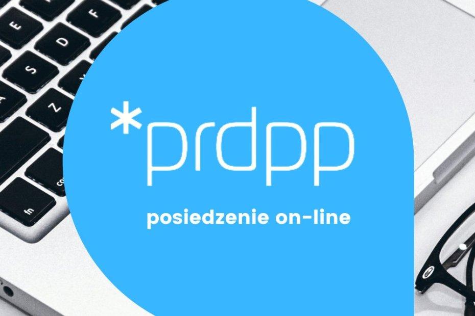 Plakat informujący o posiedzeniu online Poznańskiej Rady Działalności Pożytku Publicznego