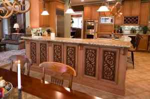 Tableaux Faux wrought iron accented bar