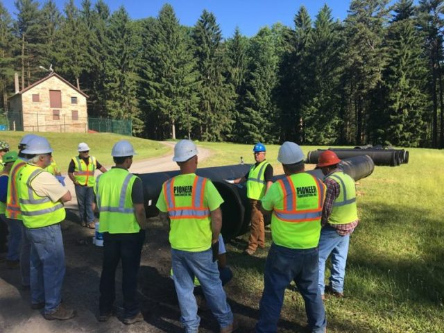 Pipeline Construction by Pioneer Construction Company Inc. Located in Honesdale, PA. Providing contracting services throughout Pennsylvania.