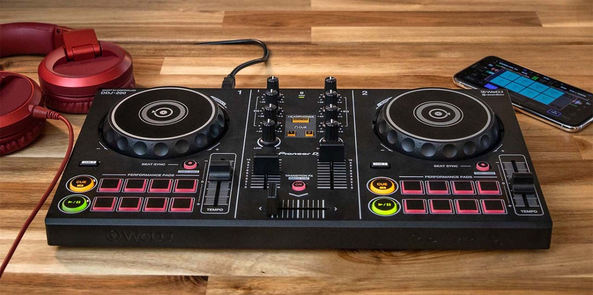Smart DJ Controller DDJ-200
