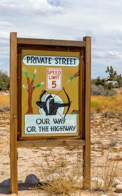 Pi-Town private street sign photo