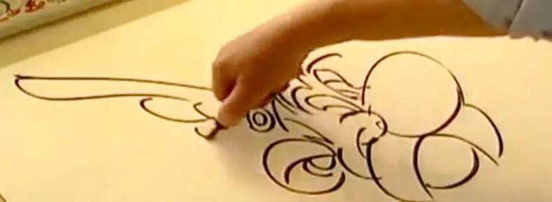 Albert Uderzo draws Asterix in a video