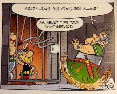 Asterix and Obelix break out of jail again