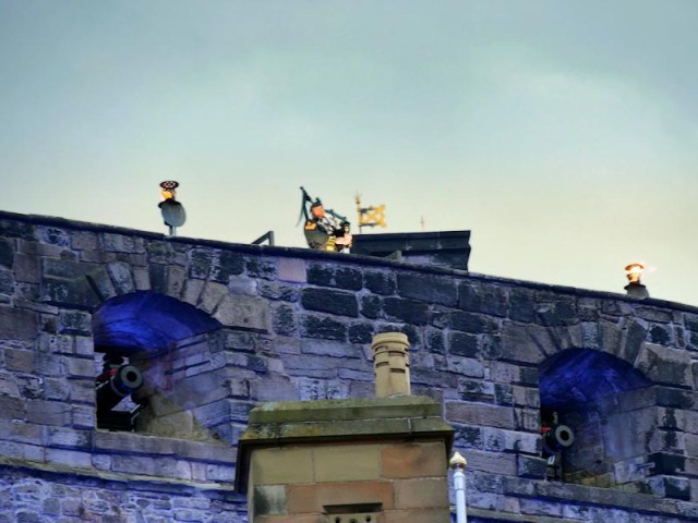 World's Highland pipers gonnae gi'e it laldy for key workers Thursday