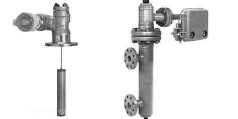 Displacement Level Transmitter
