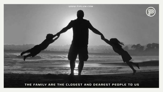 The-family-is-the-closest-and-dearest-people-to-us-Inspirational-family-quote-kids-dad-beach-sunset