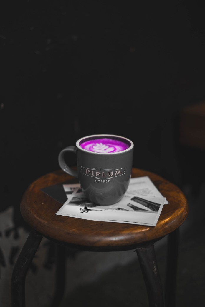 a-cup-of-purple-coffe-pink-piplum-wallaper