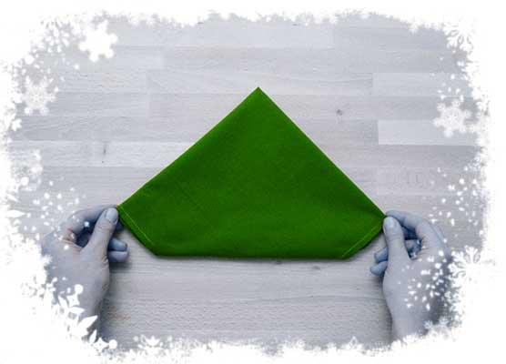 Christmas-tree-folding-tutorial-Flipping-the-cloth-Step-3.