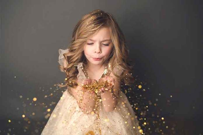 Fashio-nand-glitter-photography-for-christmas-A-bit-of-luxury-and-extravagance...