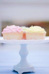 Vanilla Cupcakes by pippapiemaker.com