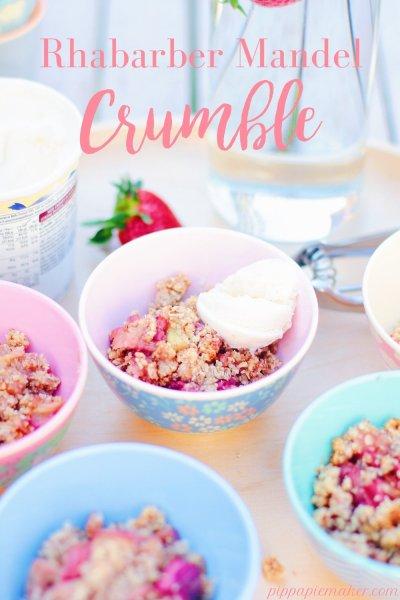 Lust auf Rhabarberkuchen, aber eigentlich gerade zu faul zum backen? Dann probier doch mal diesen Rhabarber Crumble mit Mandeln! Geht als Dessert, Kuchen oder (zucker reduziert) auch als Zwischenmahlzeit durch!