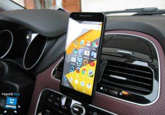 Clingo supporto smartphone auto