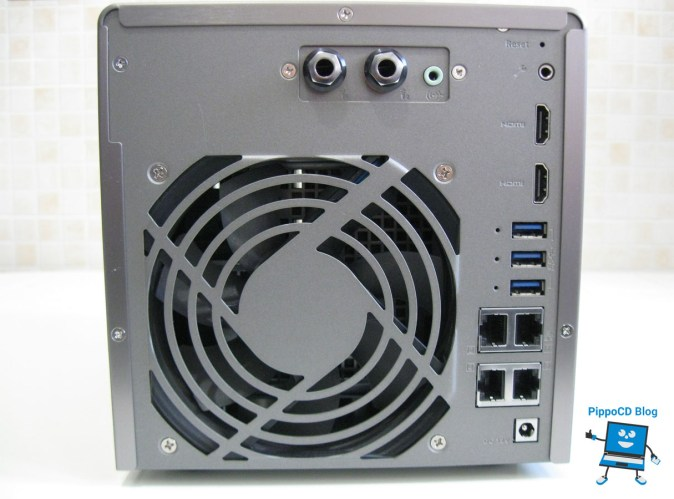 NAS QNAP TS-453A connessioni