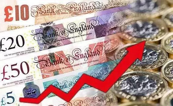 55 Sterling Soars After Latest Poll Favors Remaining in EU