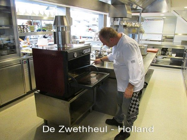 Restaurant Die Zwethheul - charcoal oven Pira 48 classic