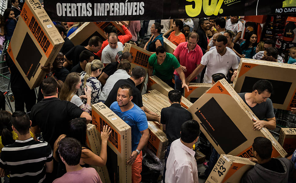 Procon Piracicaba orienta consumidores sobre compras na Black Friday - PIRANOT