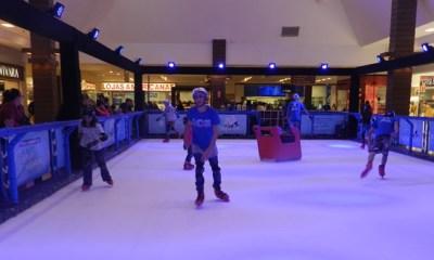 Pista de patinação no gelo sintético chega ao Shopping Piracicaba
