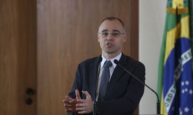 Ministro da Justiça determina que PF investigue vazamento de supostos dados de Bolsonaro
