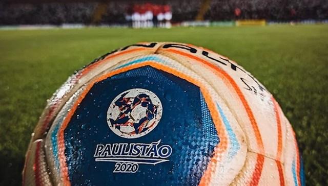 Uma foto que mostra uma bola de futebol - Campeonato Paulista