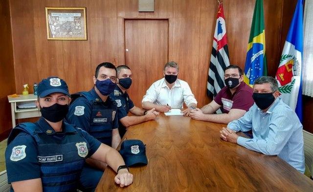 Uma foto da reunião feita hoje, na Prefeitura de Rio Claro