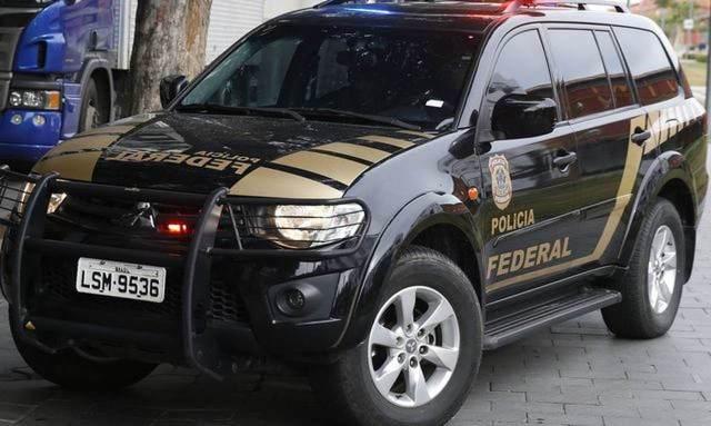 Uma foto da viatura da Policia Federal