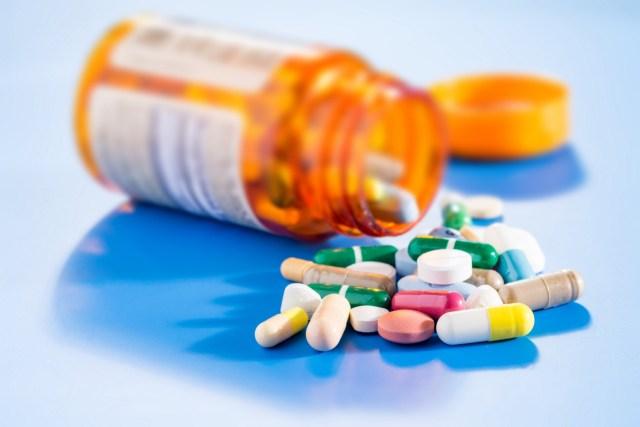 uma foto de remédios