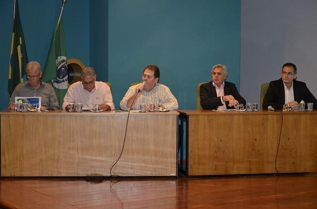 Puppo (Artesp), Ferrato (prefeito de Piracicaba), Morais (PPS), Checoli (Acipi) e Bitar (Rodovias do Tietê) - Foto: Divulgação