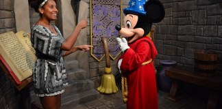 Alia Sedlacek teaching Disney characters how to sign