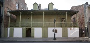 French Quarter, New Orleans, Pirates of the Quarter, Historic French Quarter Buildings.