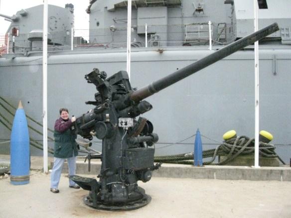 Kelly on the big gun