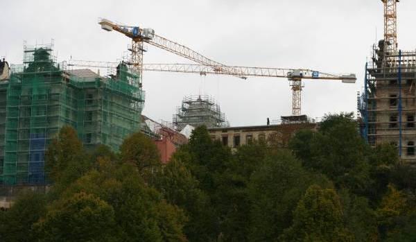 Die Bauarbeiten am Schloss Pirna Sonnenstein liegen im Plan. Wie Landrat Michael Geisler informierte, sollen […]