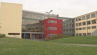 Die ehemaligen Parkflächen auf der Stichstraße zum Schulgebäude des Herder-Gymnasiums stehen nicht mehr zum Parken […]