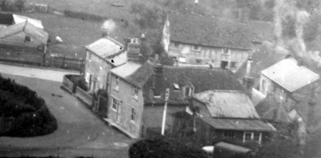 1947  In the foreground, the Red Lion on Crabtree Lane with Bunyan's shop next door. Ted and Trixie Burton were the last landlords; the pub closed in 1952.
