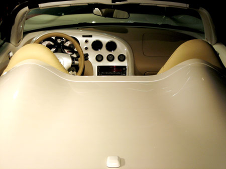 Pontiac Solstice - rear/interior