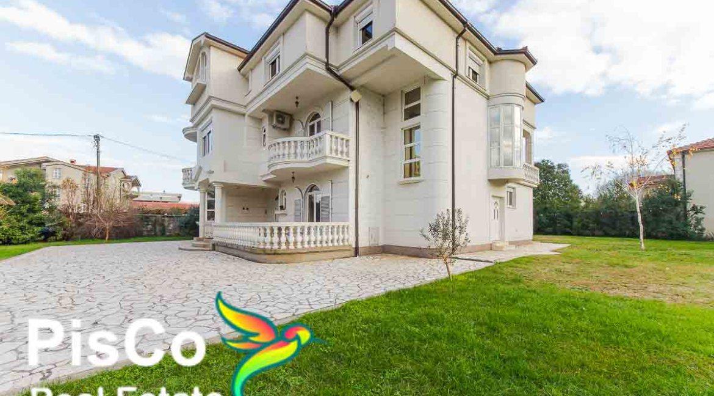Izdavanje Kuća Podgorica (25 of 35)