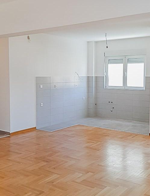 Prodaja apartmana Budva (5 of 14)