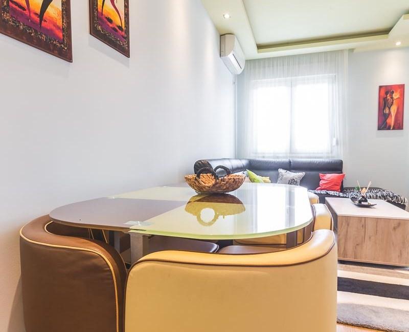 Moderan i dobro održavan stan se izdaje na duži period-6