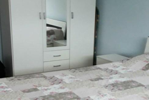 Izdaje se Jednosoban stan pod Goricom + Parking mjesto