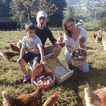 La familia y su cosecha