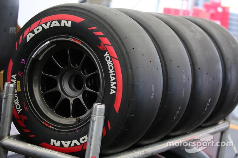 super-formula-第4戦もてぎ-2017-今回初投入-ヨコハマのソフトタイヤ
