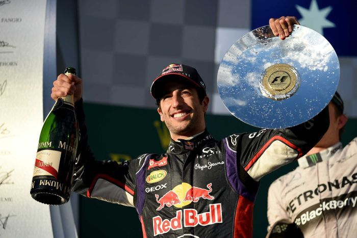 Ricciardo: always thank Red Bull for being able to make these gullible idiots think I earned this