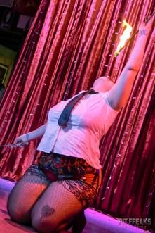 burlesque-is-a-basterd-291