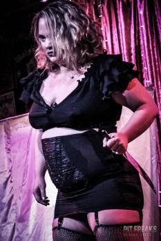 burlesque-is-a-basterd-39