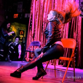 burlesque-is-a-basterd-86