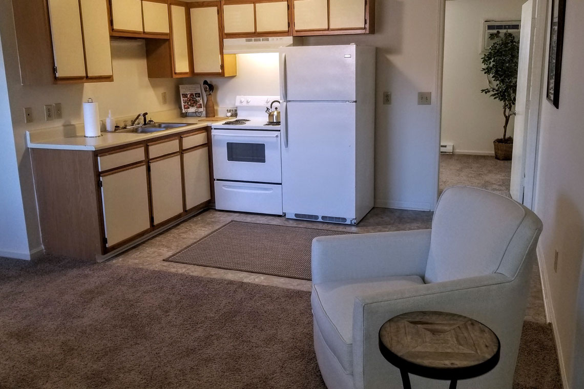 Wesley South at ECU & Brookfield at Lynndale - 1 Bedroom Kitchen