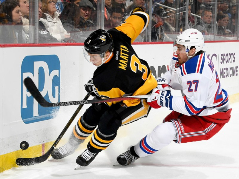 Rangers Top Penguins To Even Series