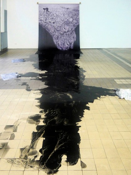 Mwangi Hutter. Aesthetic of Uprising II, 2011. Courtesy of the artist.