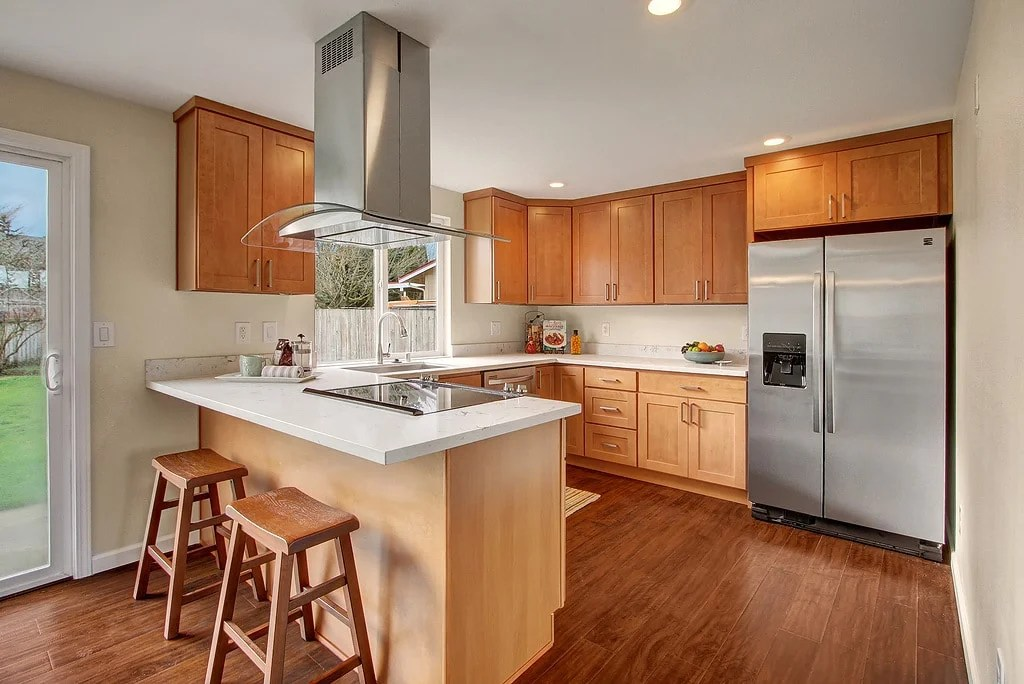 Maple Cabinets Quartz Countertops #AX67 - Roccommunity on Kitchen Countertops With Maple Cabinets  id=46680