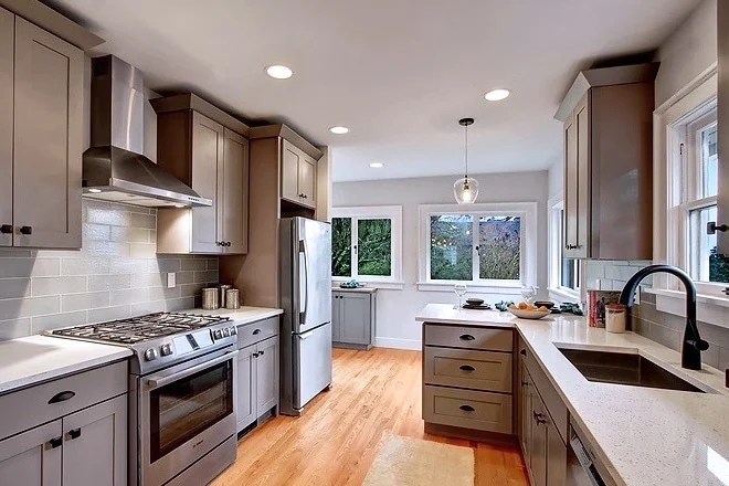 Grey Shaker (Maple) - Pius Kitchen & Bath on Gray Countertops With Maple Cabinets  id=42001