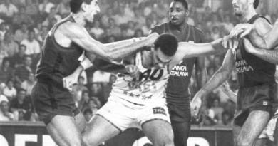 fuente: www.baskonistas.com - Caracter y no arrugarse...y si se tenia que pegar con medio equipo rival...se pegaba...DALEEEEEEE RAAAAAMOOOOON